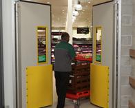 4500 series thermal traffic swing doors
