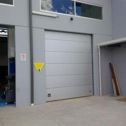 Insulated_Compact_Door_Medium.jpg