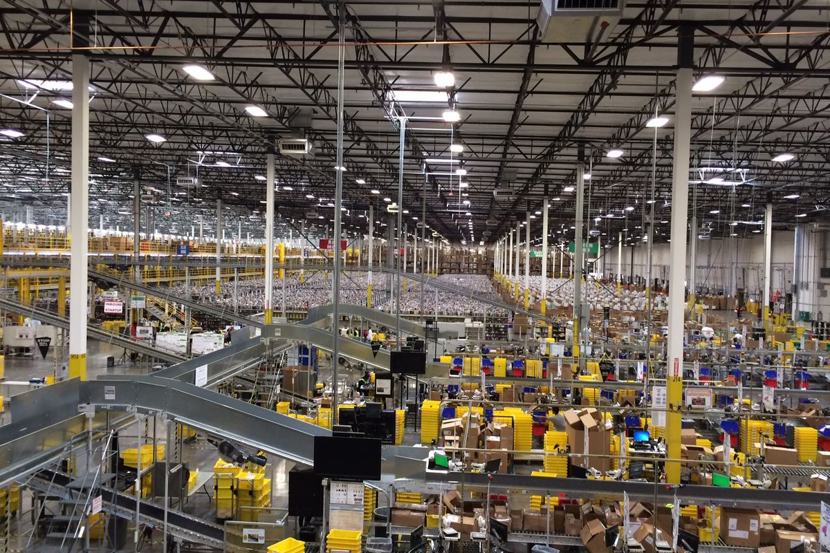 Amazon Warehouse4.jpg