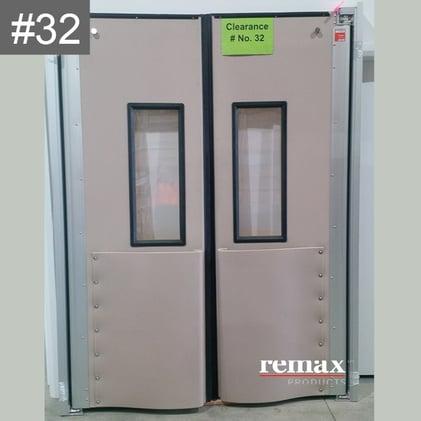 Item 32_white swingdoors pair