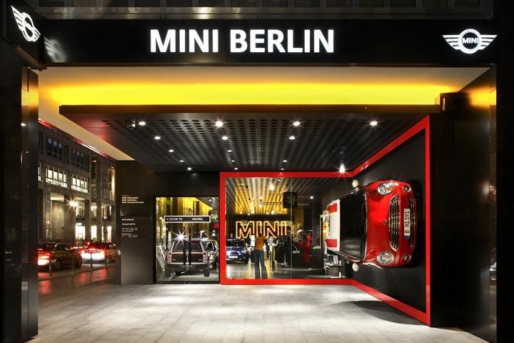 BMW-MINI-showroom-by-Plajer-Franz-Berlin-Germany.jpg