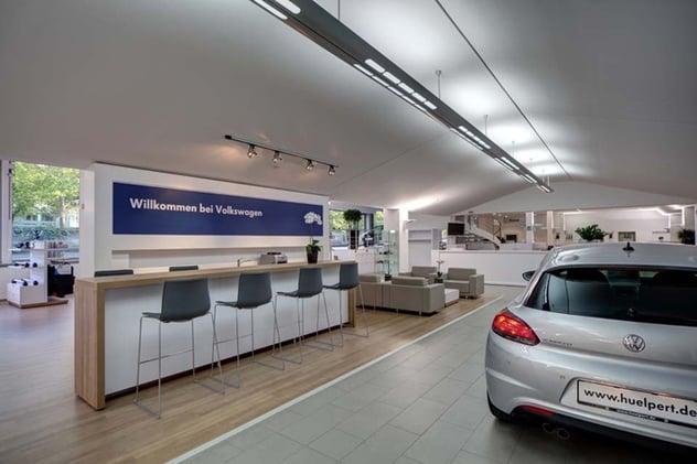 Volkswagen-Center-by-hell-und-freundlich-Dortmund-Germany.jpg